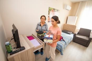 'Barınamayan' Üniversitelilere, İzmir Büyükşehir Kucak Açtı