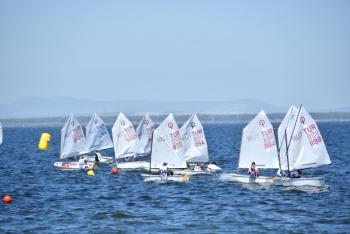 Yelkenciler Kupa İçin Yarıştı